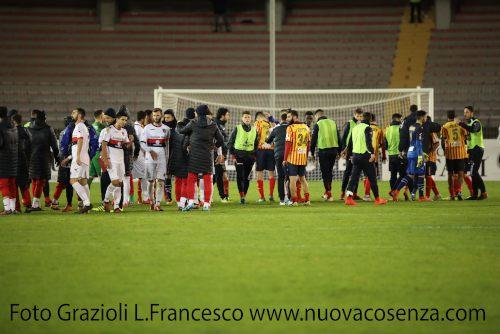 Lecce Cosenza vittoria
